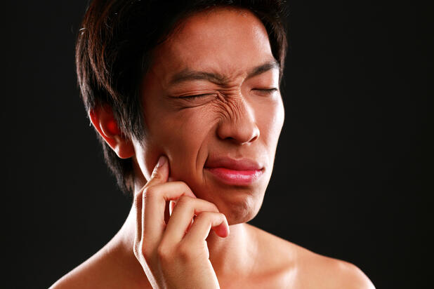 self-movies-multiple-tooth-extraction-facial-deformaties
